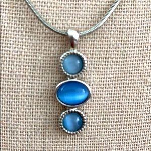 """Lia Sophia blue 1"""" pendant necklace chain"""